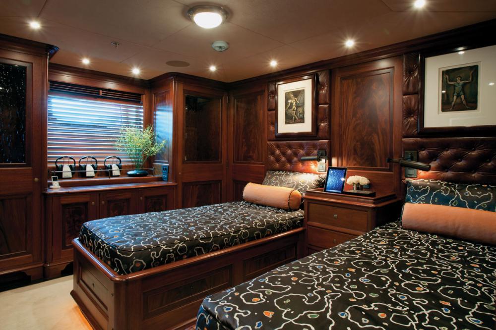 TIARA - Luxury Sailing Yacht For Charter - 2 TWIN CABINS - Img 1 | C&N