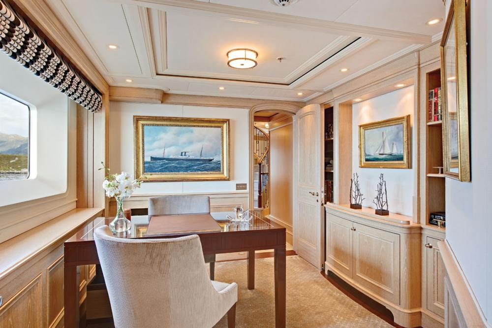 Fabulous Character - Luxury Motor Yacht For Charter - 1 MASTER SUITE - Img 3   C&N