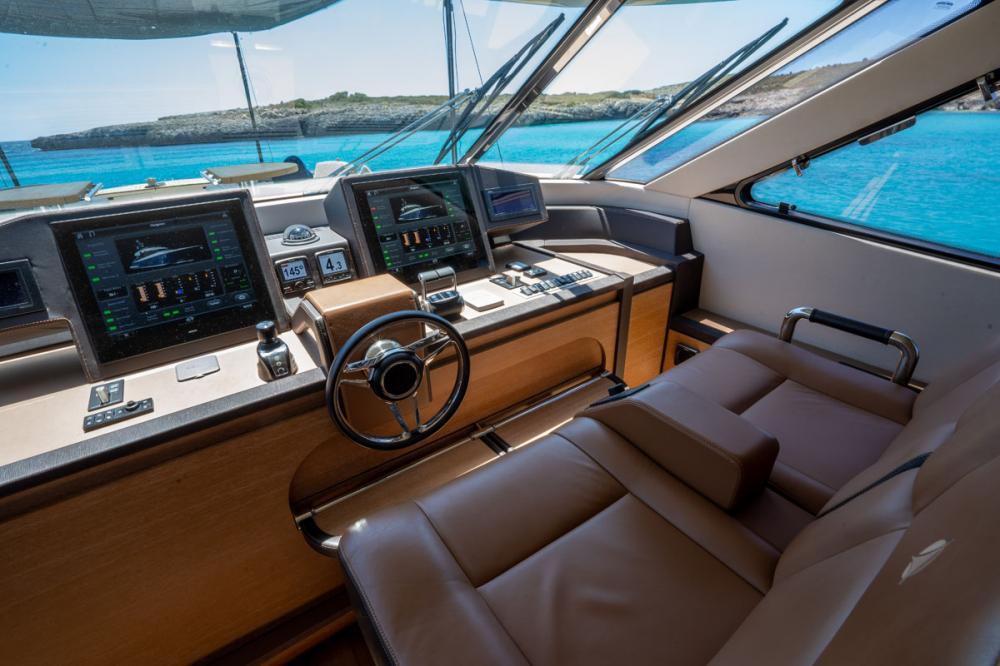 Beethoven - Luxury Motor Yacht For Sale -  - Img 2 | C&N