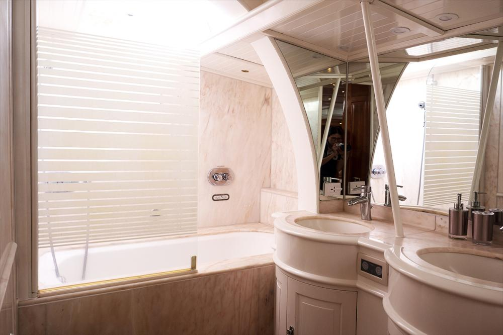APHRODITE - Luxury Sailing Yacht For Charter - 1 MASTER CABIN | 2 TWIN CABINS - Img 4 | C&N