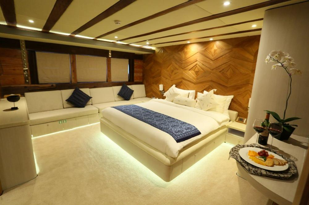 LAMIMA - Luxury Sailing Yacht For Charter - 4 DOUBLE CABINS - Img 2 | C&N
