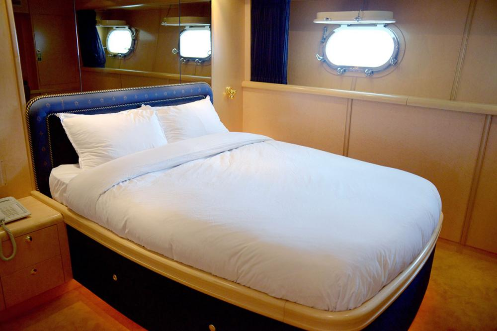 HAPPY LIFE - Luxury Motor Yacht For Sale - DOUBLE CABINS - Img 1 | C&N