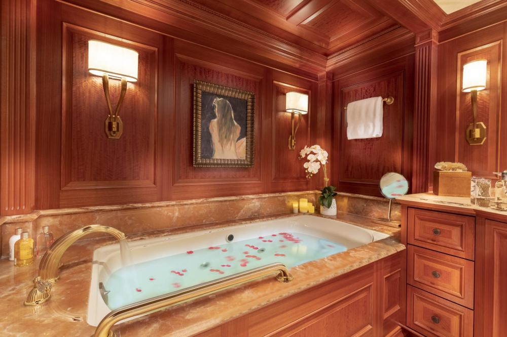 PURE BLISS - Luxury Motor Yacht For Charter - Owner's Stateroom - Img 3   C&N