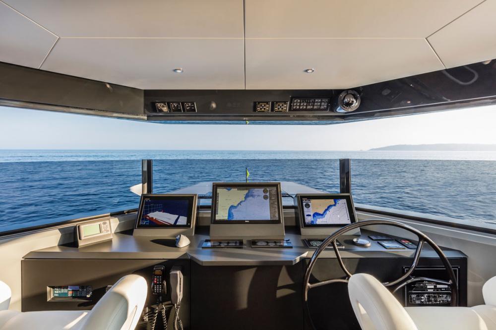RJX - Luxury Motor Yacht For Sale - Pilothouse - Img 1   C&N