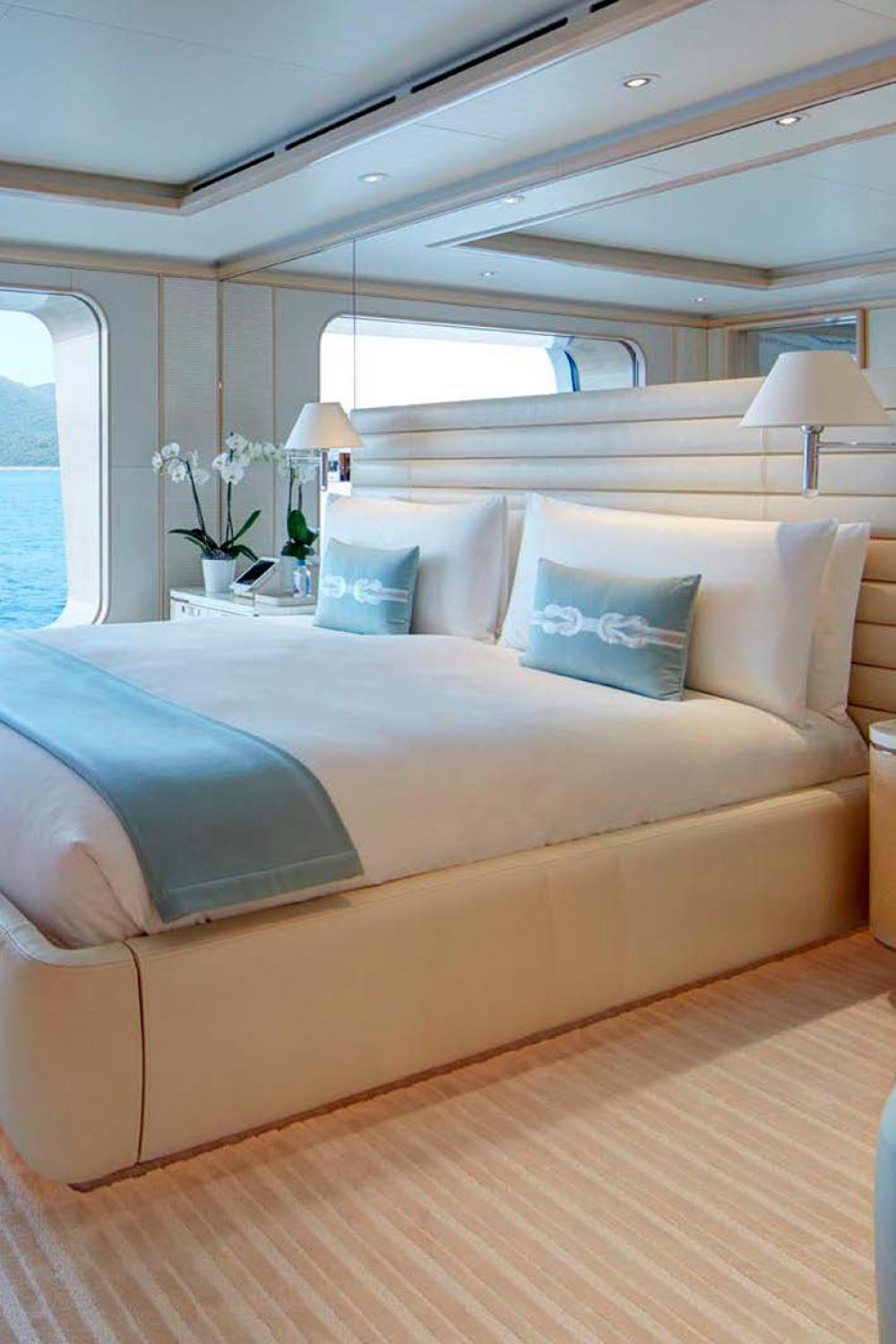 AQUARIUS - Luxury Motor Yacht For Charter - 6 VIP Cabins on the main deck - Img 4   C&N
