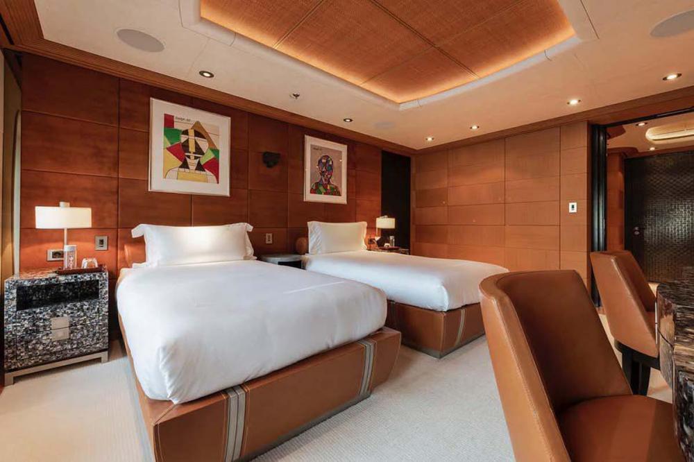 SUNRAYS - Luxury Motor Yacht For Charter - 2 x twin cabins - Img 1   C&N