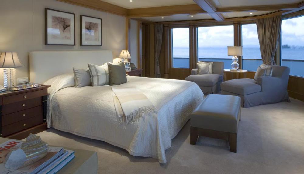 UTOPIA - Luxury Motor Yacht For Charter - 2 DOUBLE CABINS - Img 1 | C&N