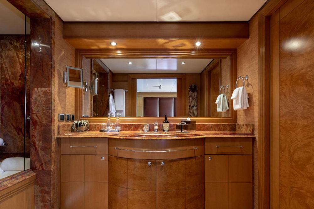 HELIOS - Luxury Motor Yacht For Charter - 4 king cabins with shower bath combinations - Img 3 | C&N