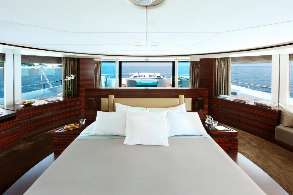 INCEPTION - Luxury Motor Yacht For Charter - Owner's Suite - Img 1 | C&N