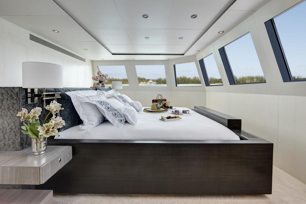 HIGHLANDER - Luxury Motor Yacht For Charter - Master Stateroom - Img 1   C&N