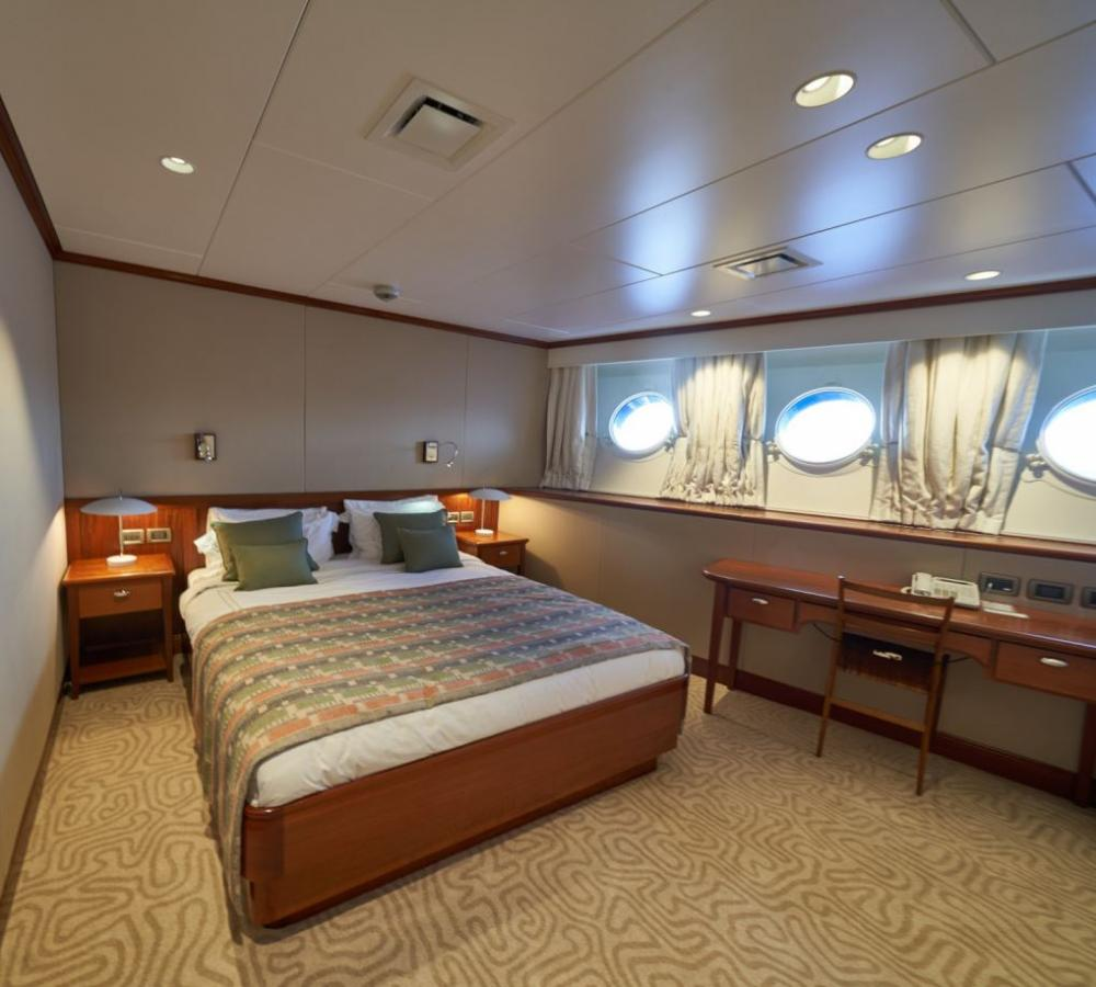 ASTERIA - Luxury Motor Yacht For Charter - 4 Double Cabins - Img 2 | C&N