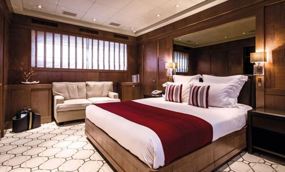 ELEMENT - Luxury Motor Yacht For Charter - Owner's Suite - Img 1   C&N