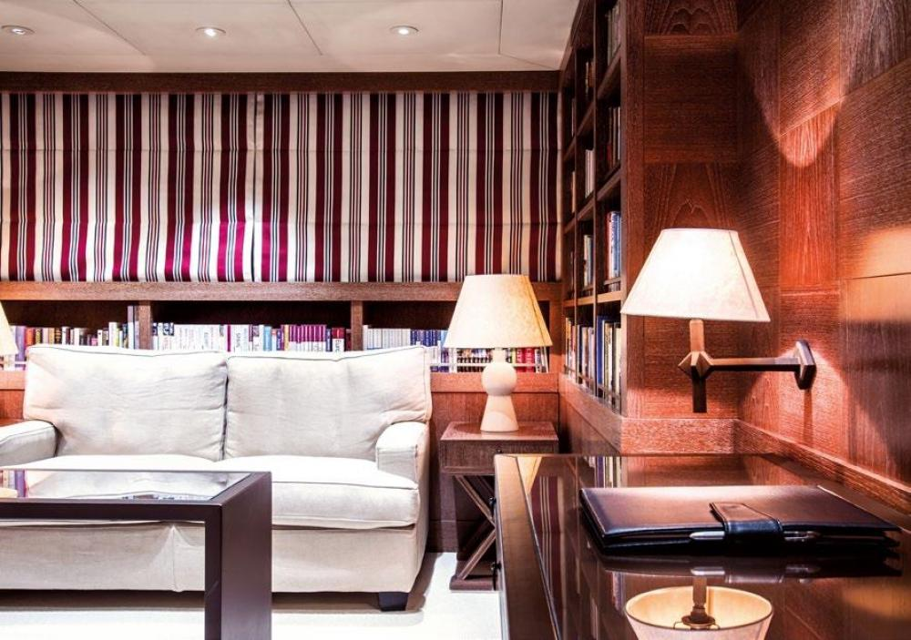 ELEMENT - Luxury Motor Yacht For Charter - Owner's Suite - Img 3   C&N
