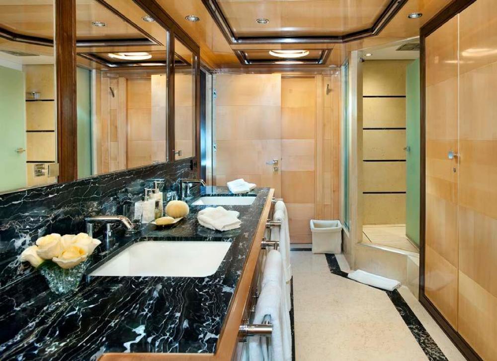 CHRISTINA G - Luxury Motor Yacht For Charter - Full Beam Master Suite - Img 2 | C&N