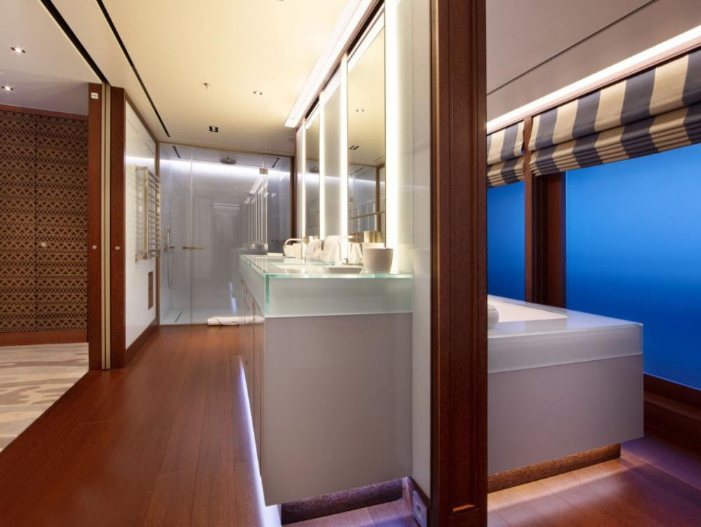 PLANET NINE - Luxury Motor Yacht For Charter - 1 x Master Suite on main deck - Img 4 | C&N