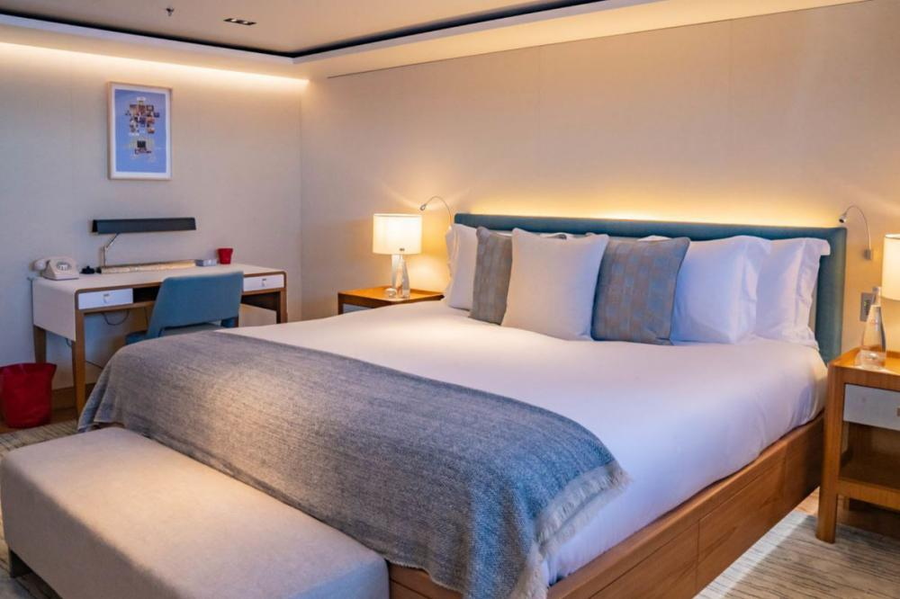 PLANET NINE - Luxury Motor Yacht For Charter - x5 King Guest Cabins on lower deck - Img 2 | C&N