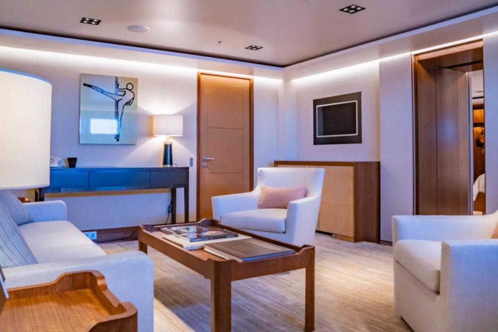 PLANET NINE - Luxury Motor Yacht For Charter - x5 King Guest Cabins on lower deck - Img 3 | C&N