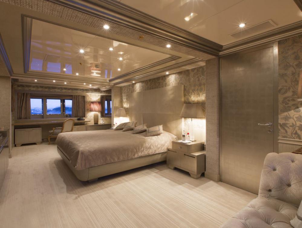 EMERALD - Luxury Motor Yacht For Charter - Full Beam Master Suite - Img 1   C&N