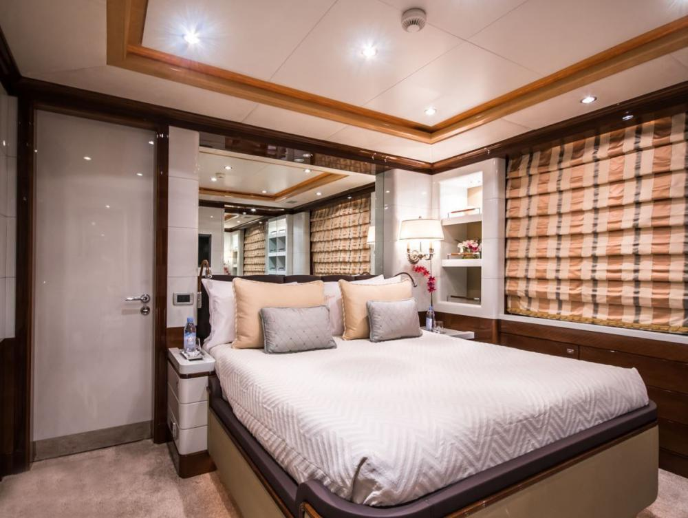 DIANE - Luxury Motor Yacht For Charter - x2 Double Cabins on the lower deck with ensuite bathrooms - Img 1 | C&N