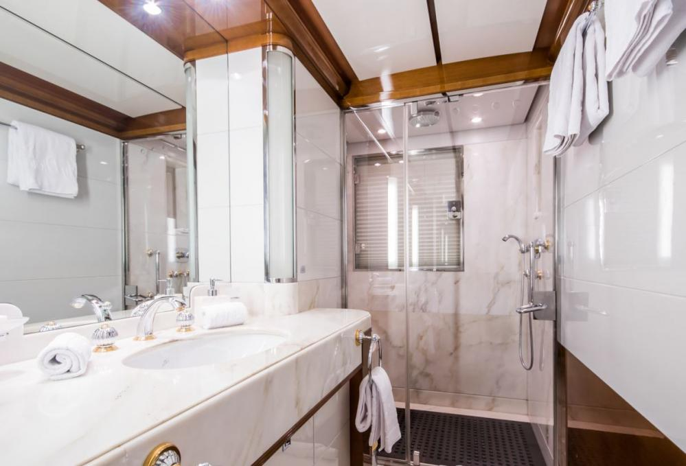 DIANE - Luxury Motor Yacht For Charter - 2 x Twin cabins on the lower deck with en suite bathrooms (one with additional Pullman berth) - Img 3 | C&N
