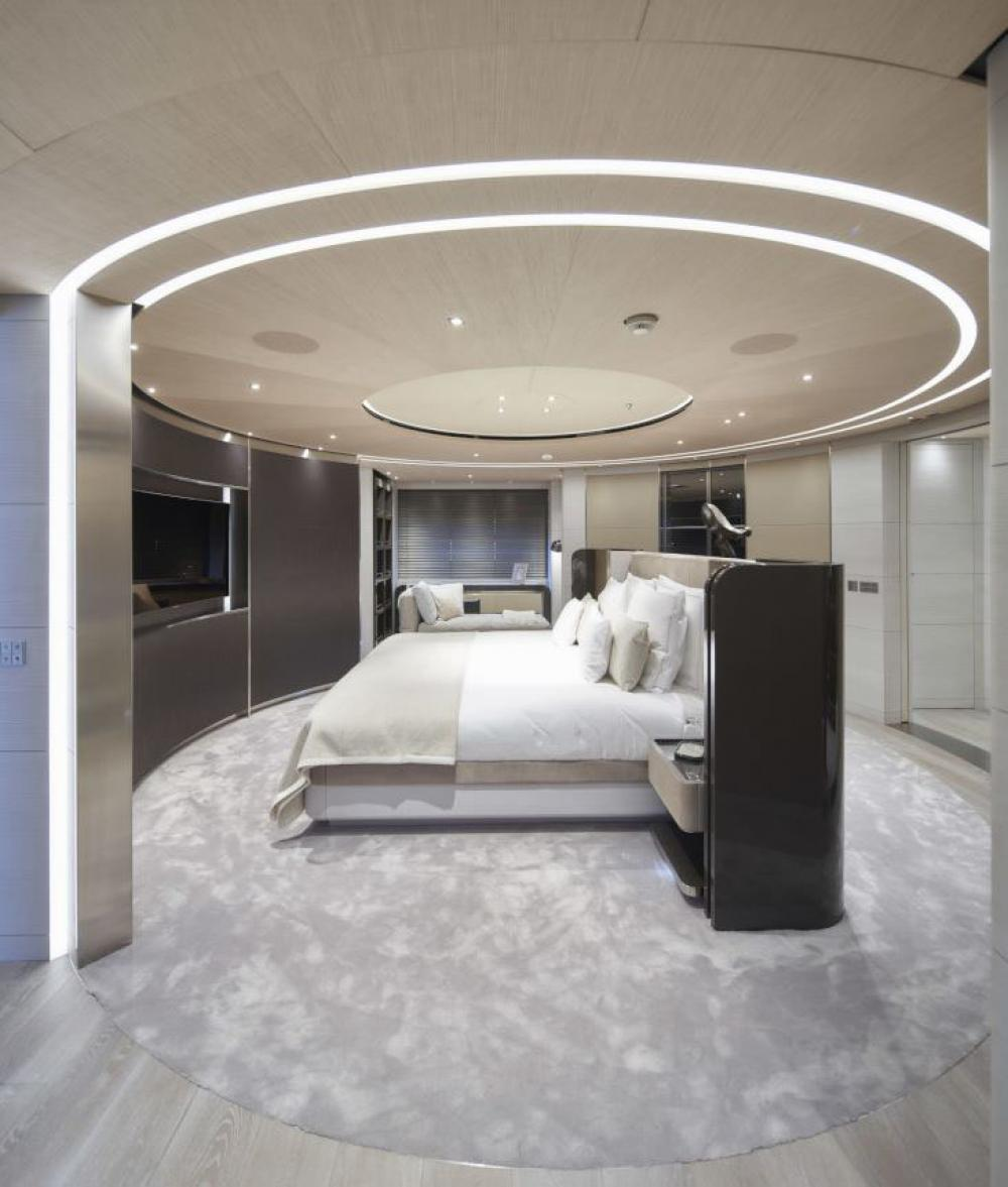 SEVERIN °S - Luxury Motor Yacht For Charter - Master suite with a walk-in closet and private office on the main deck - Img 1   C&N
