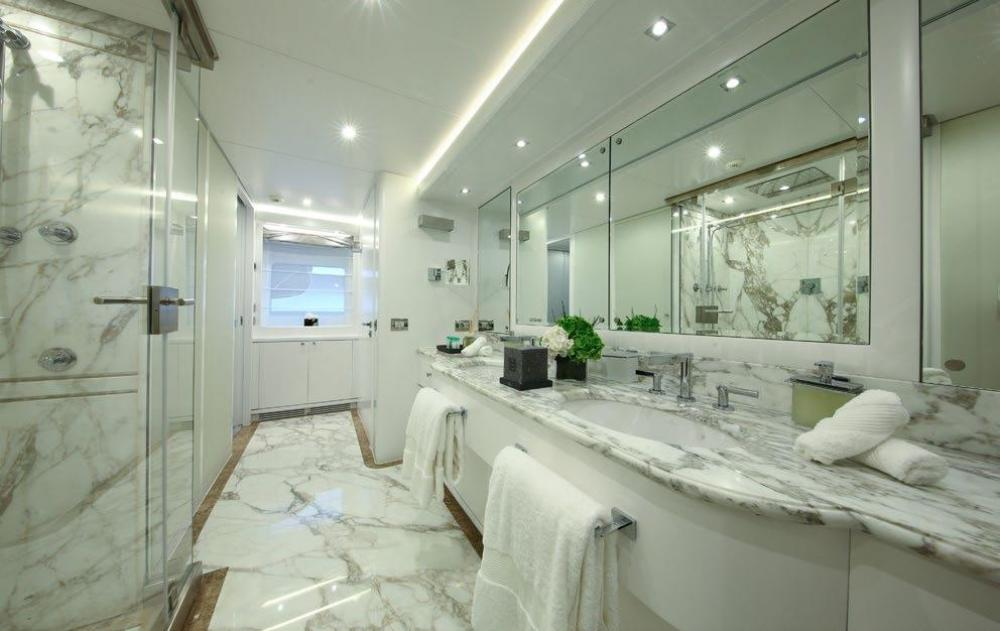 SUD - Luxury Motor Yacht For Charter - Two Double Cabins - Img 3 | C&N