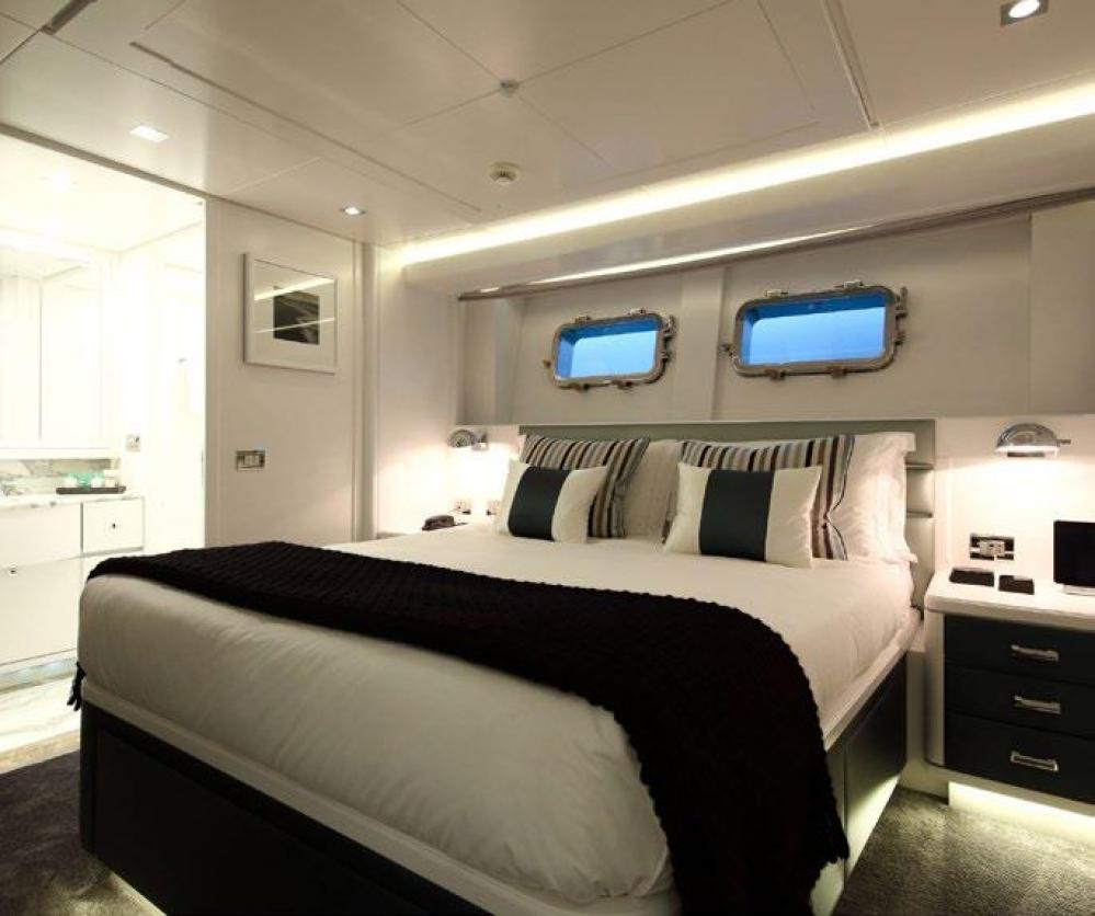 SUD - Luxury Motor Yacht For Charter - Two Double Cabins - Img 1 | C&N
