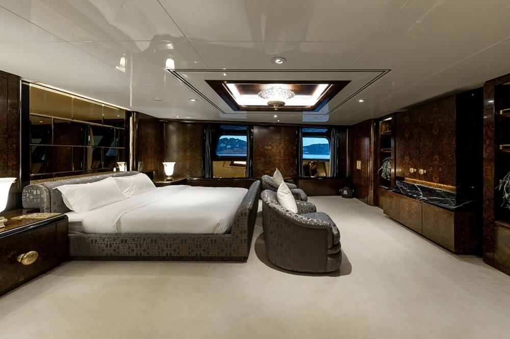 LADY MOURA - Luxury Motor Yacht For Sale - Royal Suite - Img 1 | C&N
