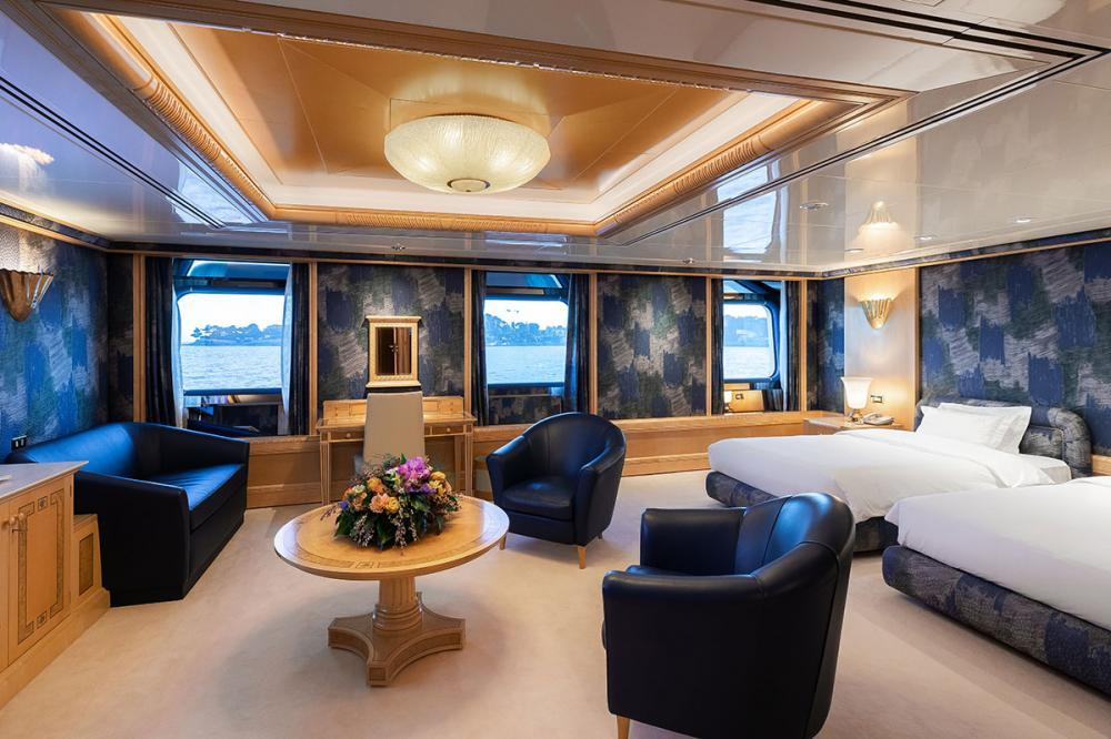 LADY MOURA - Luxury Motor Yacht For Sale - Guest Cabins - Img 3 | C&N