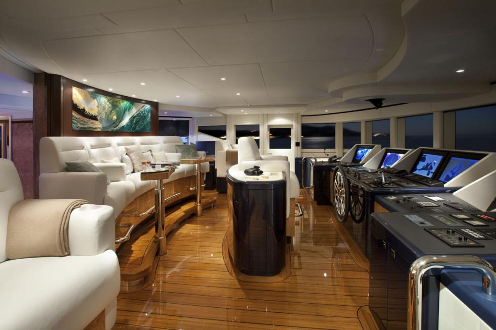 SYCARA V - Luxury Motor Yacht For Charter - GARAGE - Img 2   C&N