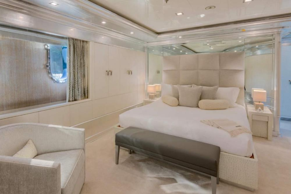 ANDIAMO - Luxury Motor Yacht For Charter - Three Queen Cabins - Img 2   C&N