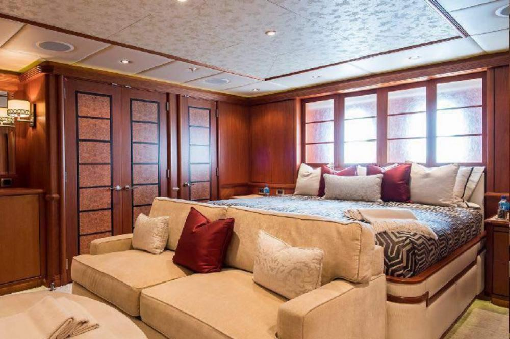 SKYFALL - Luxury Motor Yacht For Charter - Queen Cabin - Img 1 | C&N
