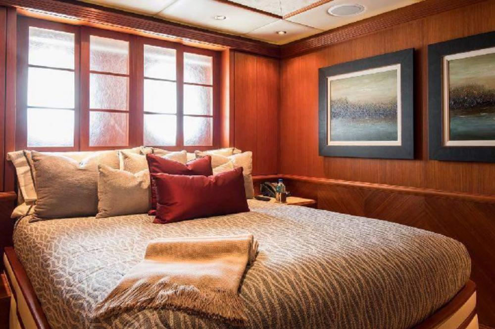 SKYFALL - Luxury Motor Yacht For Charter - 2 King Cabins - Img 1 | C&N