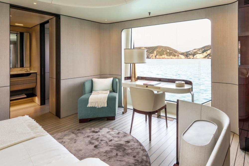 SOL - Luxury Motor Yacht For Sale - Owner Suite - Img 3   C&N