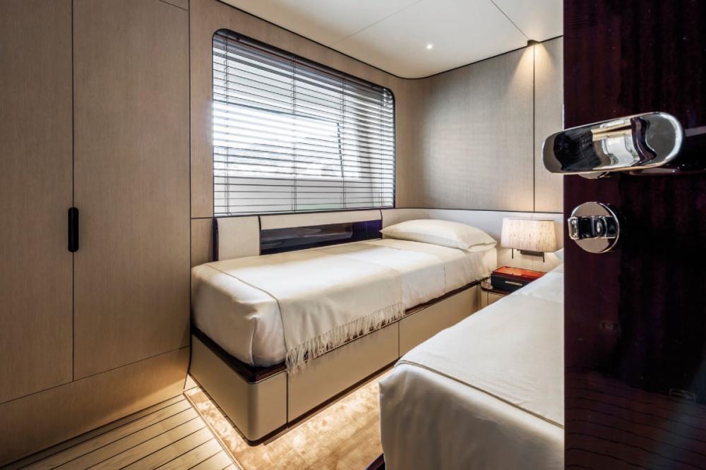 SOL - Luxury Motor Yacht For Sale - Twin Cabin - Img 1   C&N