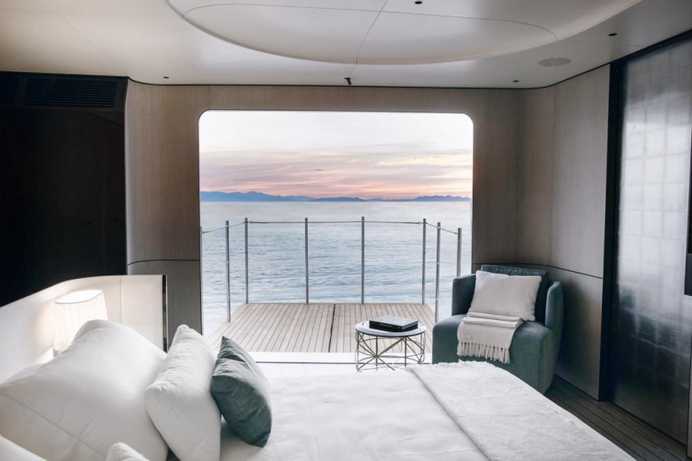 SOL - Luxury Motor Yacht For Sale - 2 VIP Cabins - Img 1   C&N