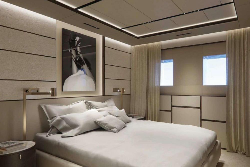 GECO - Luxury Motor Yacht For Charter - Two Double Cabins - Img 1 | C&N