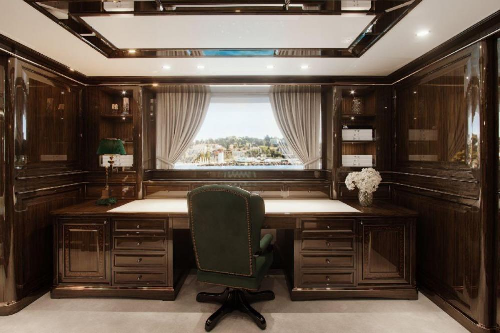LADY LENA - Luxury Motor Yacht For Charter - Full beam Master on the main deck - Img 3 | C&N