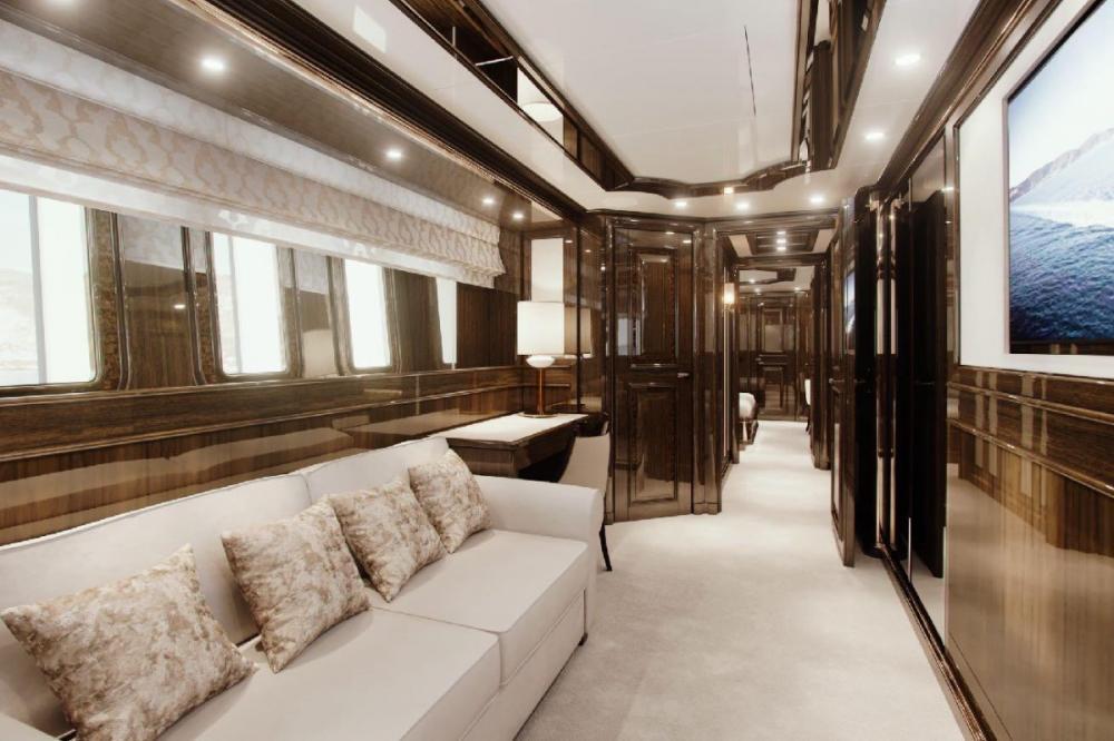 LADY LENA - Luxury Motor Yacht For Charter - Full beam Master on the main deck - Img 5 | C&N