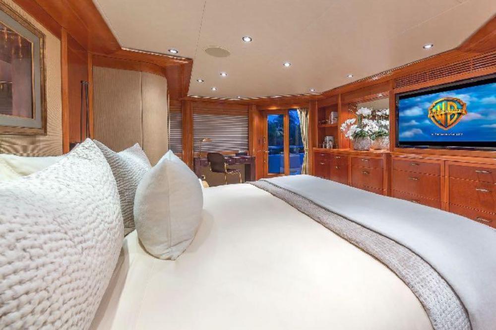 HOSPITALITY - Luxury Motor Yacht For Charter - Master Stateroom - Img 2 | C&N