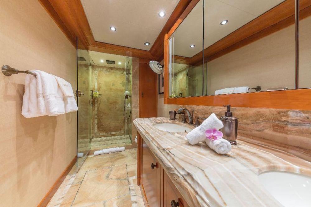 HOSPITALITY - Luxury Motor Yacht For Charter - Three VIP Cabins - Img 4 | C&N