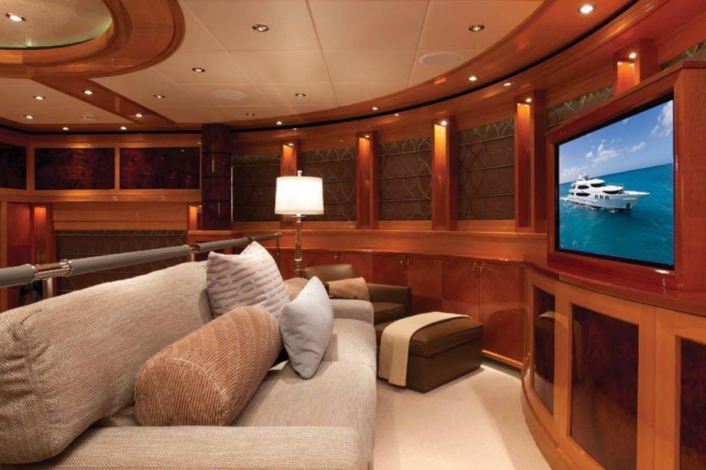 IMPROMPTU - Luxury Motor Yacht For Charter - Master Suite - Img 3 | C&N