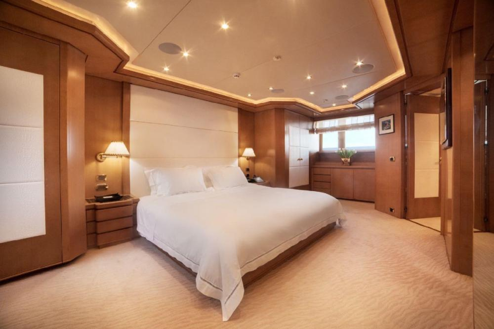 OASIS - Luxury Motor Yacht For Charter - Master Cabin - Img 1 | C&N