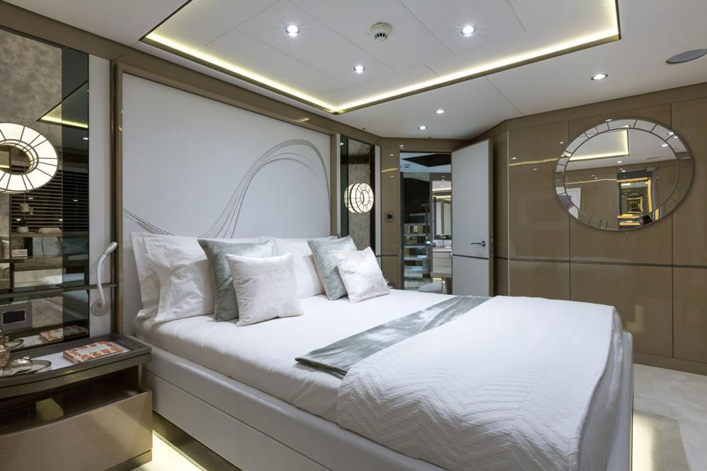 THUMPER - Luxury Motor Yacht For Charter - 2 DOUBLE CABINS - Img 1 | C&N