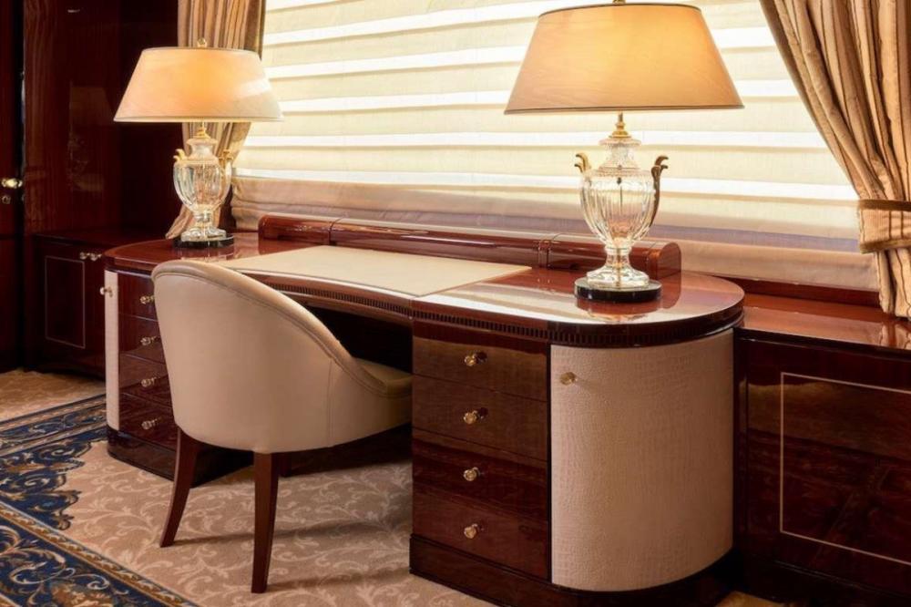 REVE D'OR - Luxury Motor Yacht For Charter - VIP Cabin - Img 3   C&N