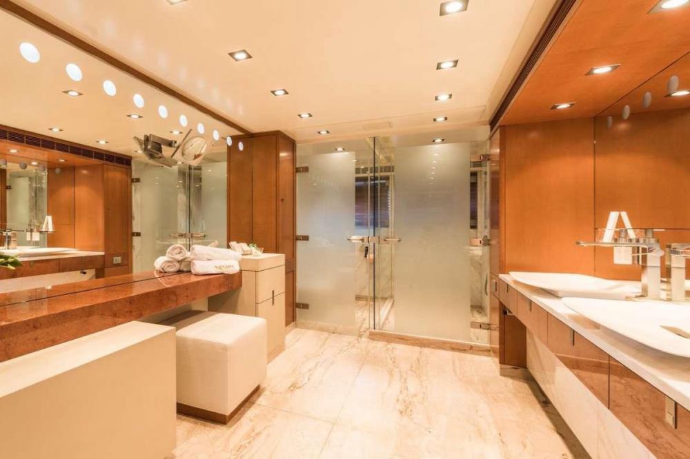 AGRAM - Luxury Motor Yacht For Charter - Full beam master stateroom - Img 2 | C&N
