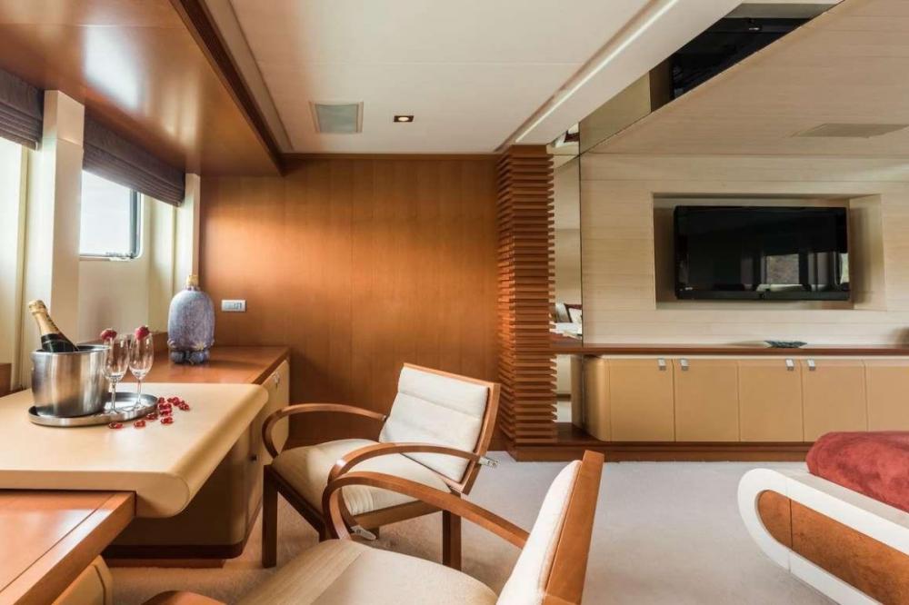 AGRAM - Luxury Motor Yacht For Charter - Full beam master stateroom - Img 3 | C&N