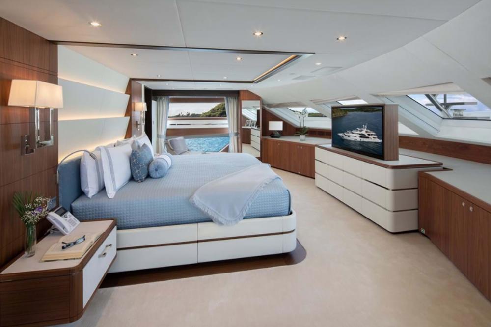 SKYLER - Luxury Motor Yacht For Charter - Full Beam Master Suite - Img 1 | C&N