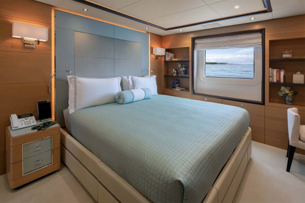 SKYLER - Luxury Motor Yacht For Charter - Two Double Cabins - Img 1 | C&N