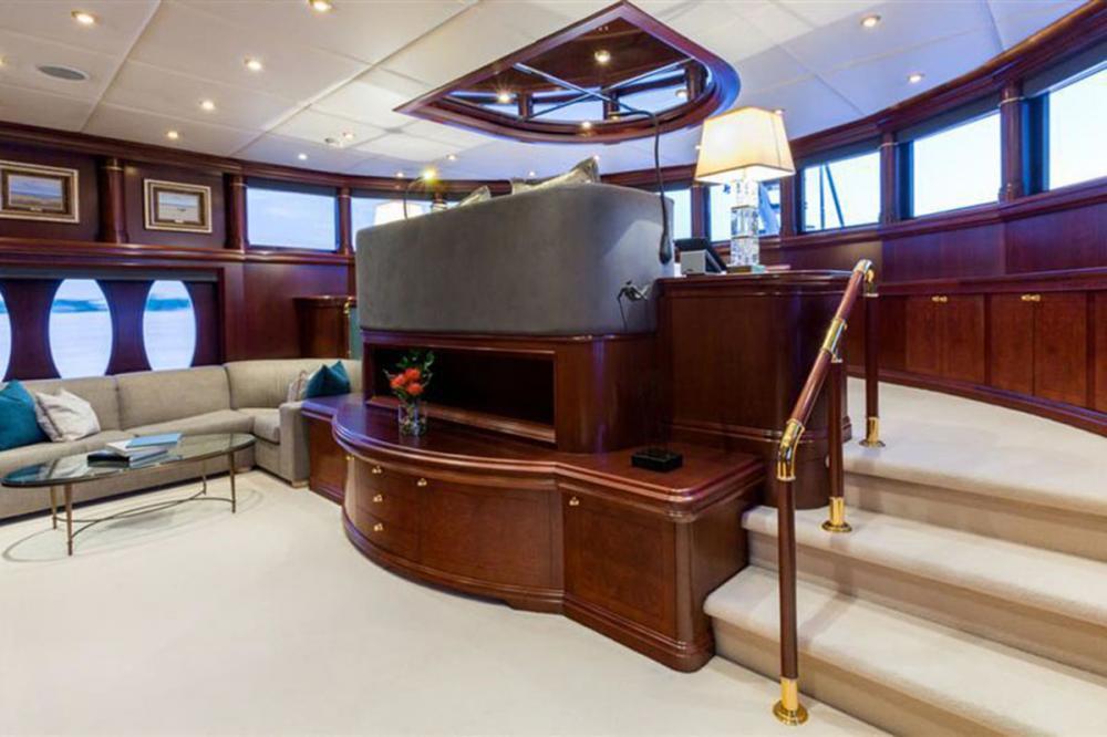 ZOOM ZOOM ZOOM - Luxury Motor Yacht For Charter - Master Cabin - Img 2 | C&N
